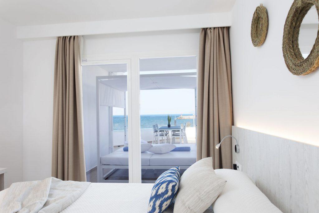 04-Apartaments Ses Roquetes6546